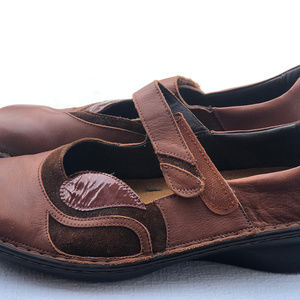 Naot  Women's two tone Brown Leather Slip-On Shoes